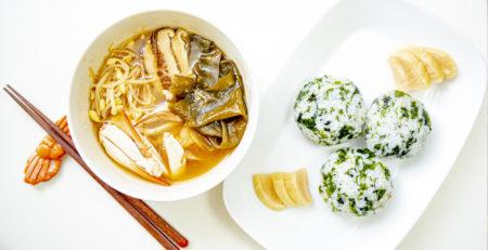天然ワカメ 味噌スープ