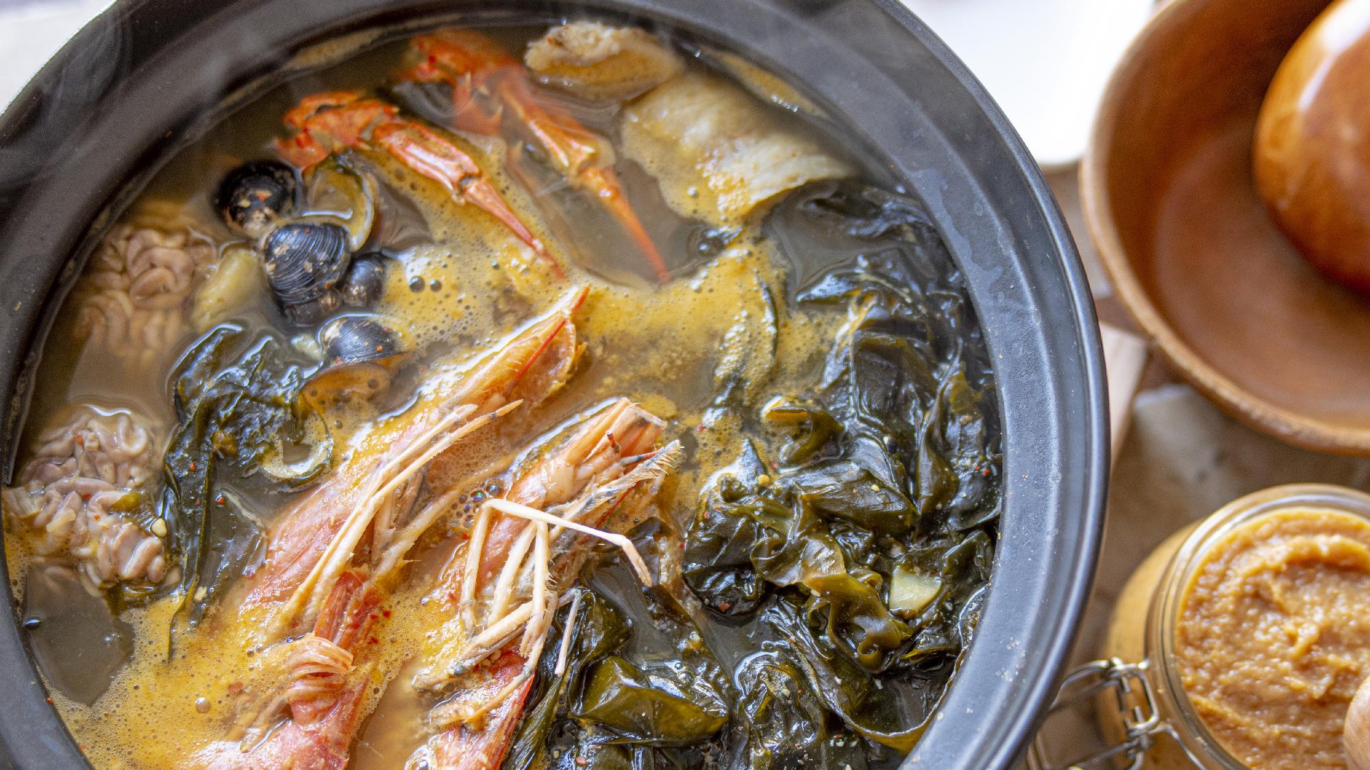 味噌料理 味噌ワカメスープ
